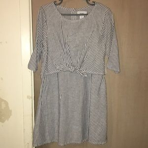 Old Navy Tie-Front Stripped Dress